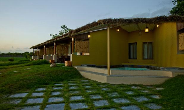 sasan gir hotel resort bookings sasan gir national park. Black Bedroom Furniture Sets. Home Design Ideas